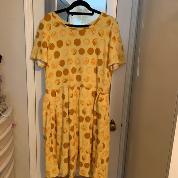 LuLaRoe Dresses & Skirts - ⭐️3/$25⭐️ Lularoe Amelia Dress 3xl